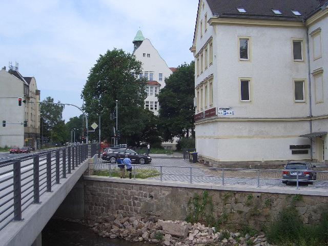 162 Hausrückseite mit Chemnitz