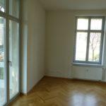 Zimmer mit Zutritt zum Wintergarten