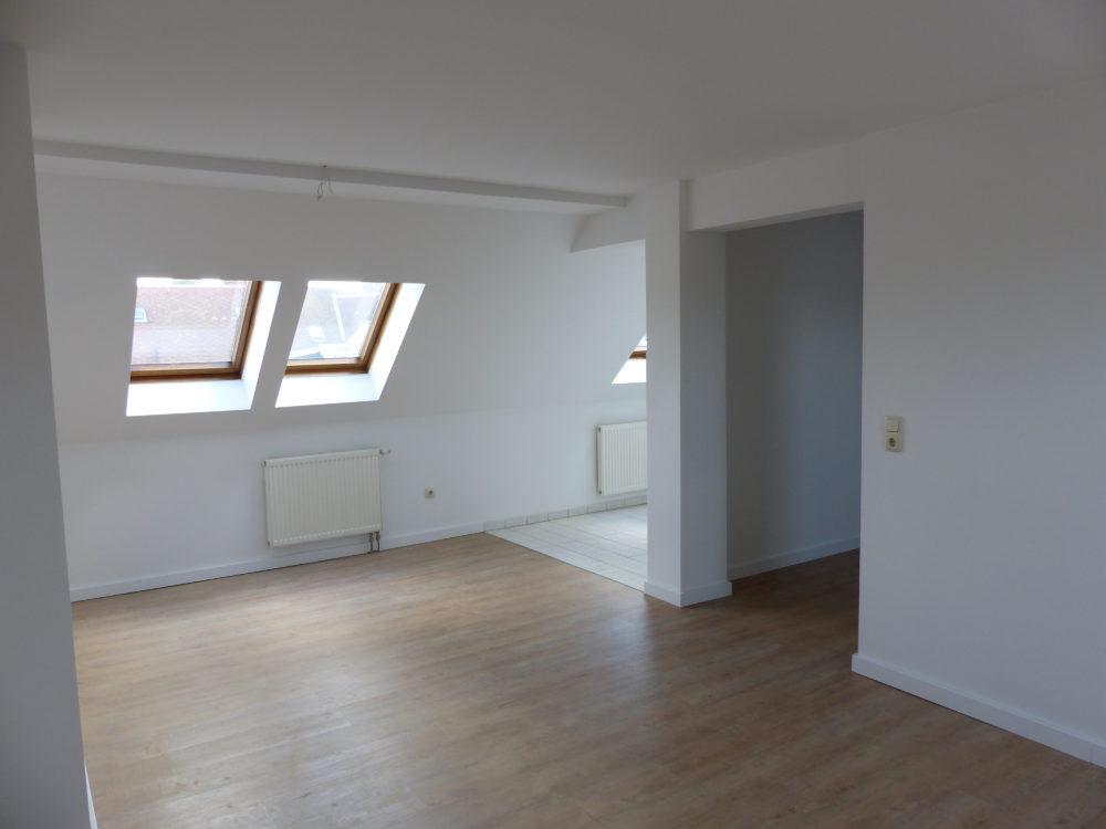 Das Wohnzimmer zur Küche